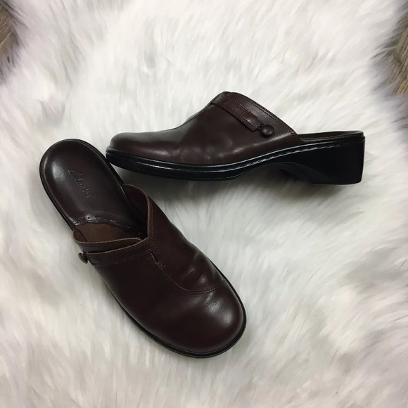 c04f93c19295 Clarks Shoes - Clarks Slip On Mule Clog Comfort Shoes Brown 8.5 M